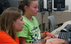 Middle school students develop businesses in workshop