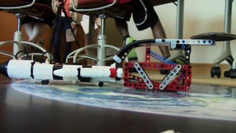 Middle school students explore the science of robotics