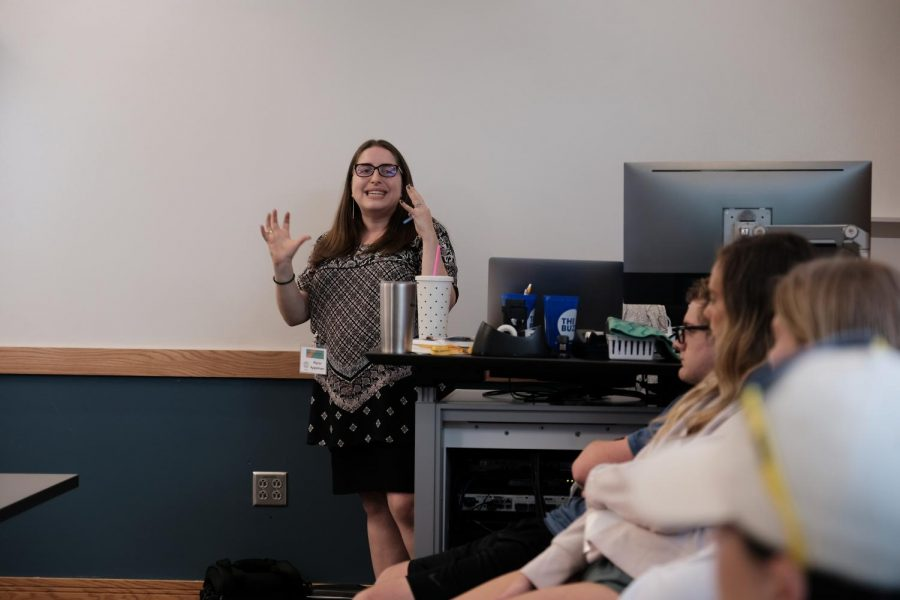 Dr. Alyssa Appelman demonstrates how to use data in journalism to make infographics.
